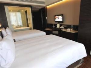 Guest Room352284e1ae0aec